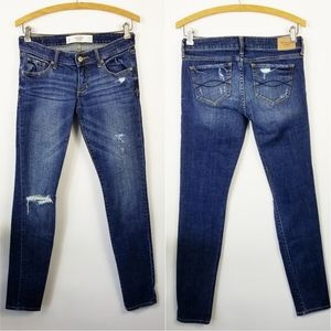 ABERCROMBIE & FITCH Distressed Skinny Jean's 25